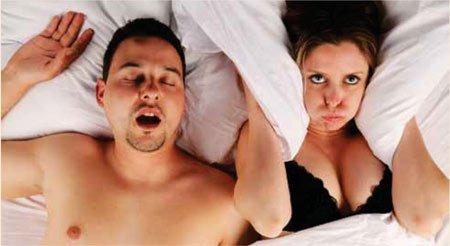 Сонливость, неосвежающий сон, засыпание за рулем, высокое артериальное давление, катастрофический набор веса, сахарный диабет, снижение потенции, депрессия достоверно имеют связь с храпом и апноэ.
