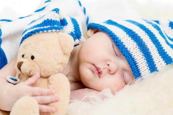 Переход на летнее время: дети тратят в среднем на 2 часа меньше времени на сон, чем до перевода.