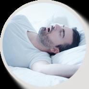 Причин артериальной гипертензии множество, она может возникать не только из-за эндокринных расстройств, фактора наследственности, атеросклероза, но и из-за расстройств сна.