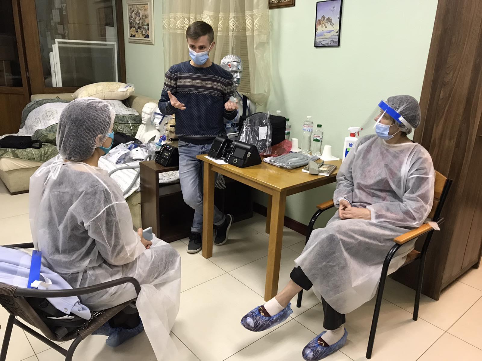 Навчання курсантів: інженер Дрижак Андрій розповідає як налаштовувати сіпап-апарати